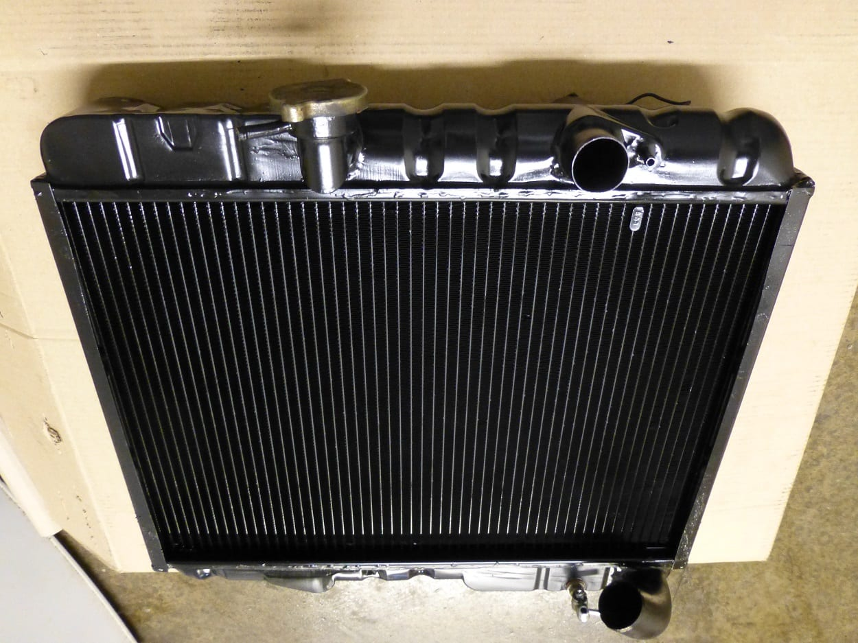 E-Type Jaguar Series 2 4.2 Radiator