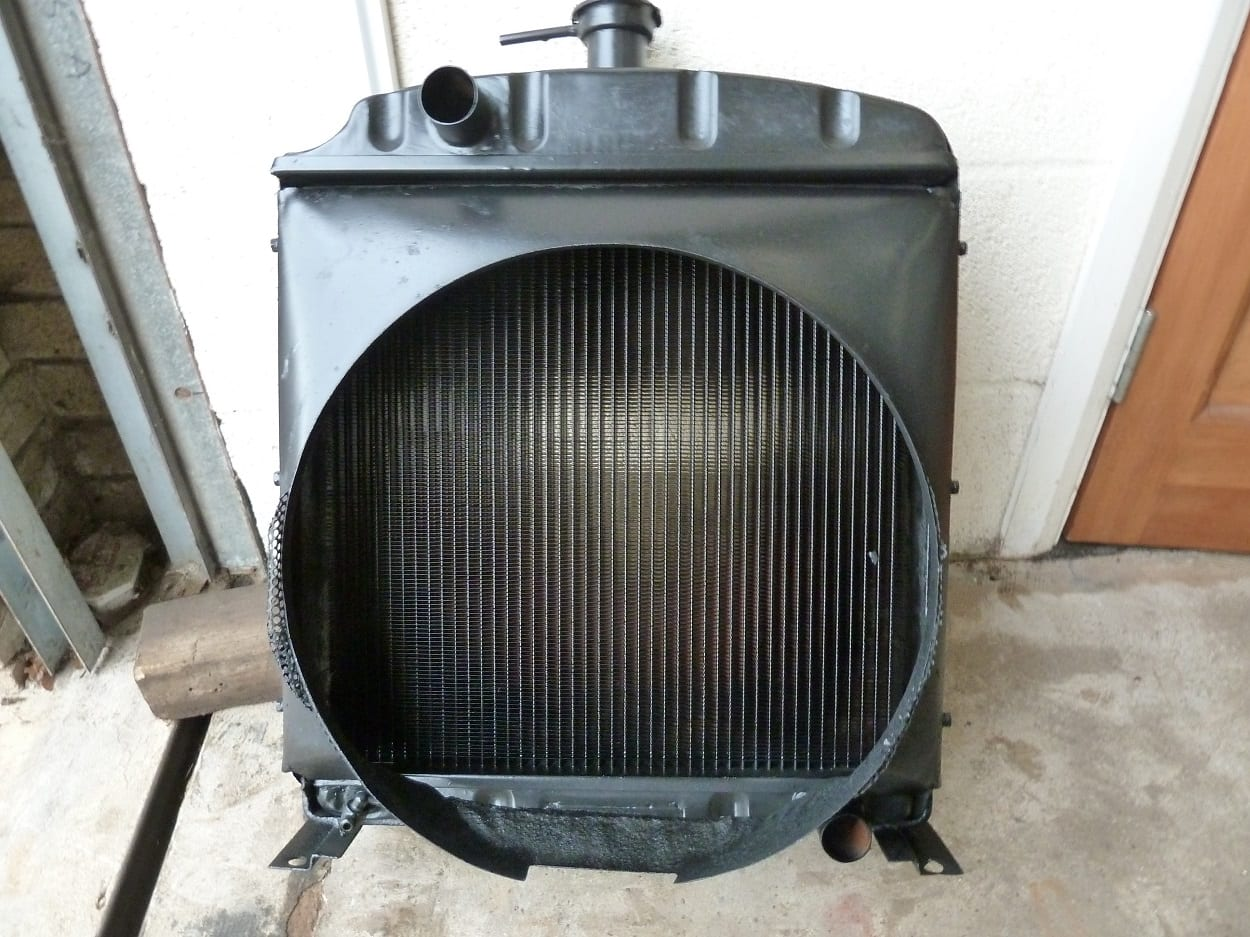 International 374 Tractor Radiator